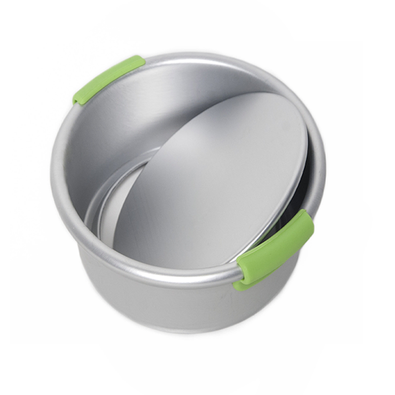 Round Cake Pan With Removeable Bottom