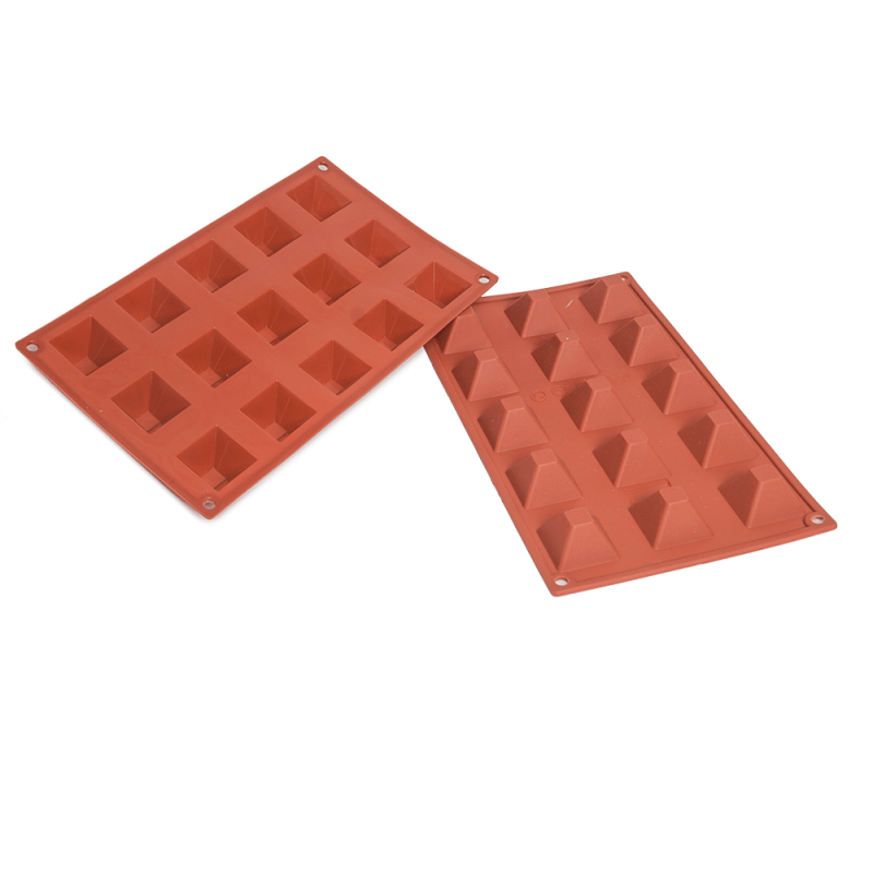 Pyramid Silicone Baking Mould 15-Cavity 20,7 ML